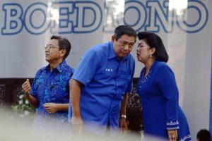 Ibu Ani dan Pak SBY 3