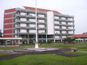 perpustakaan pusat ITS